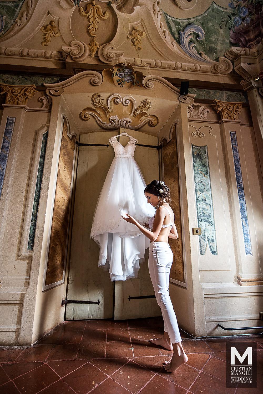 italian-luxury-villa-beautiful-wife-wedding-photo