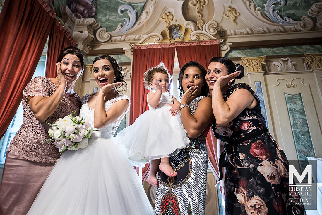 wedding-in-italy-italian-wedding-photography-wife-and-friends