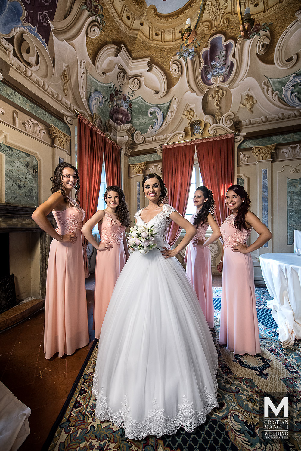 wedding-in-italy-wife-and-bridesmaids-professional-wedding-photographer