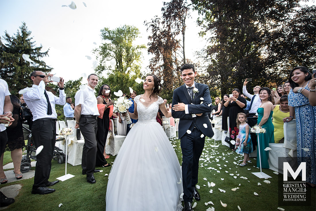 wedding-in-italy-civil-marriage-villa-canton-bergamo-just-married