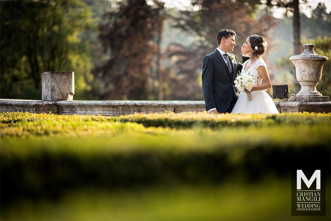 italian-wedding-photo-maze-luxury-villa