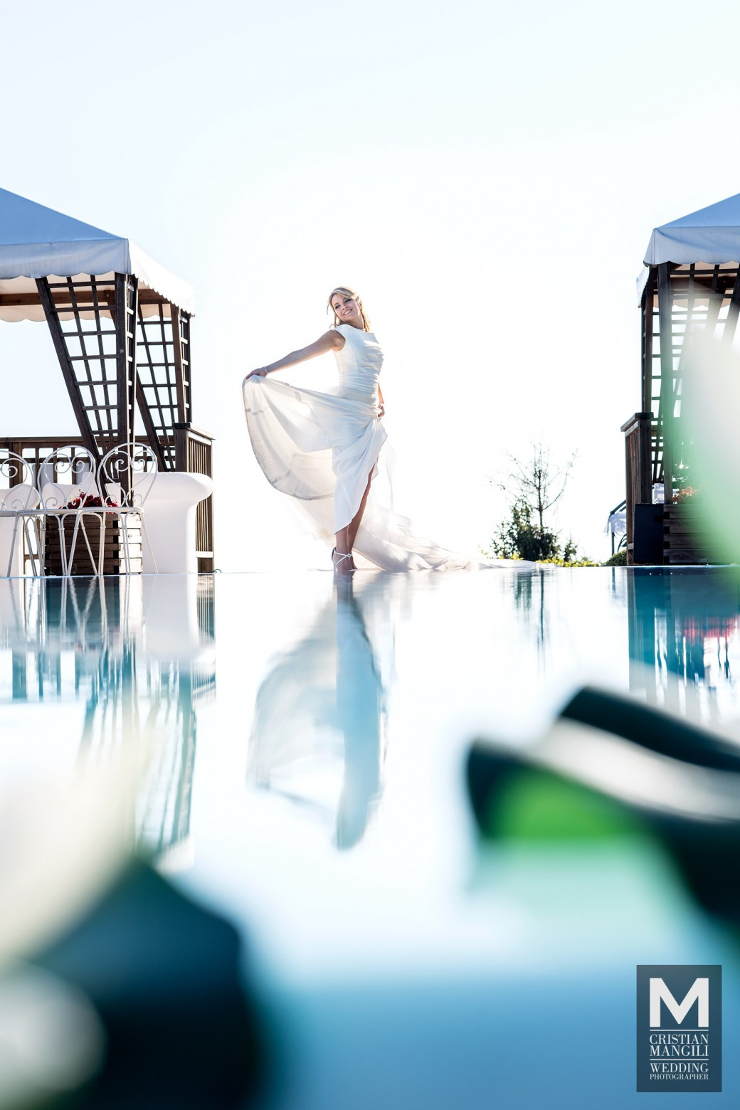 bride-reflecting-into-water-italian-wedding-photo