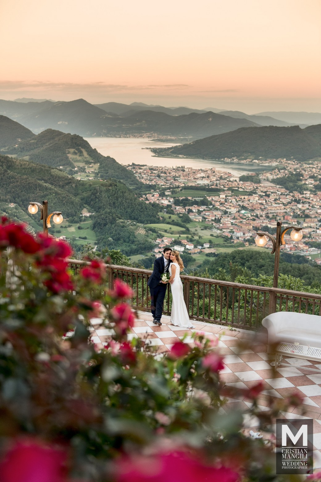 como-lake-panorama-italian-wedding-photo