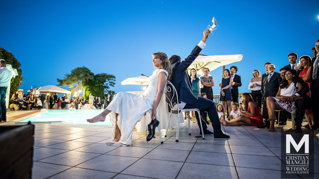 wedding-pool-party-in-italy