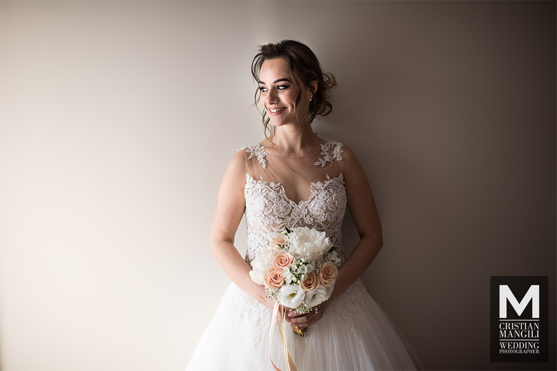 wedding-phptpgraphy-bride-portrait-room