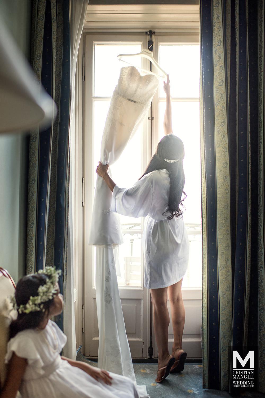 italian-wedding-photographer-lake-como-bride-dress