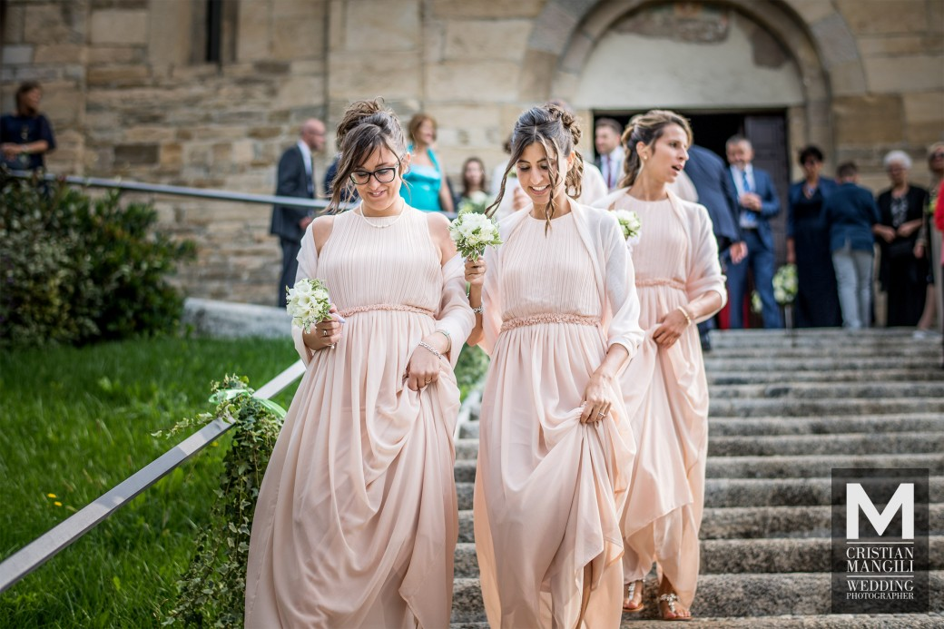 Bridesmaids-wedding-in-italy-italian-wedding-photographer-2