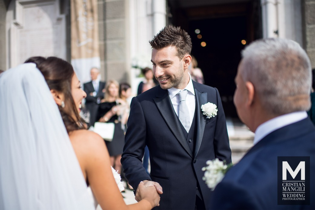 groom-meets-bride-italian-wedding-photographer