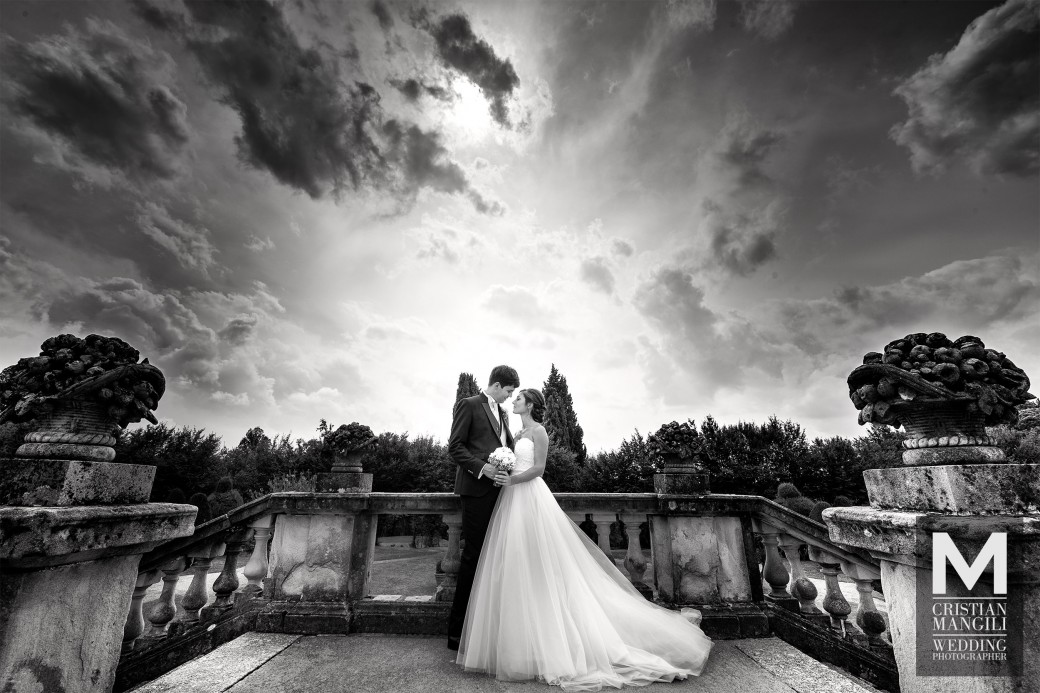 romantic-wedding-in-italy-luxury-villa-italian-wedding-photo