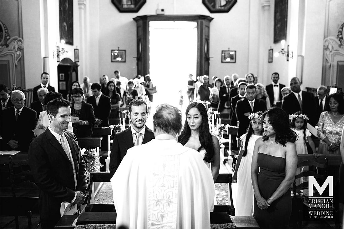 wedding-photographer-lake-como-italy-ceremony-in-church