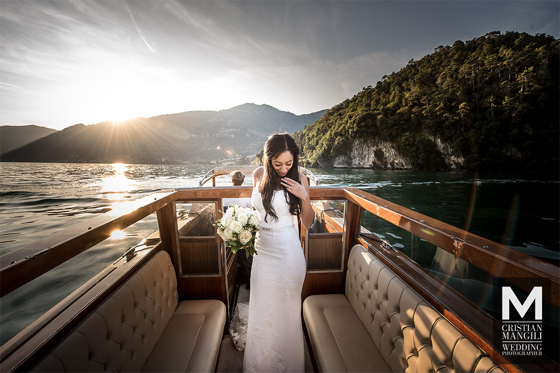 beautiful-bride-on-boat-lake-como-italy-wedding-photography