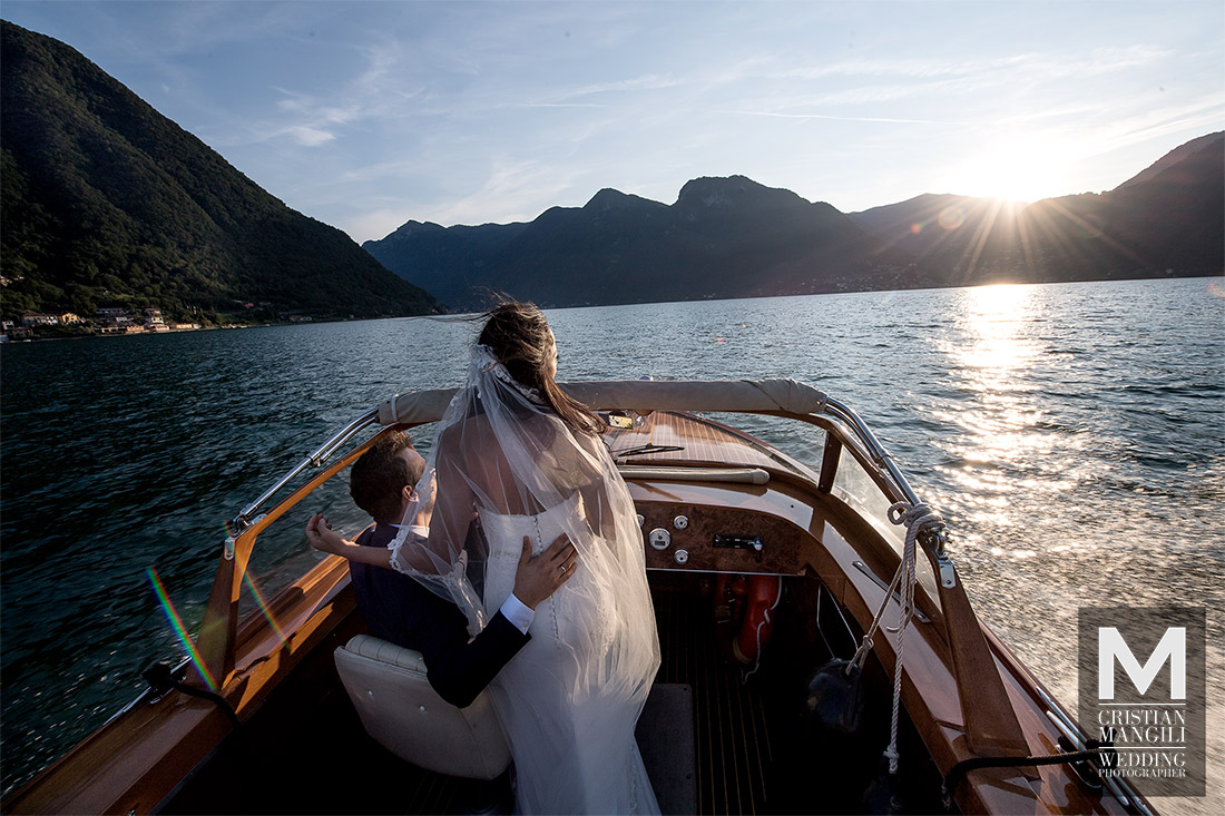lake-como-wedding-photographer-boat-sunset