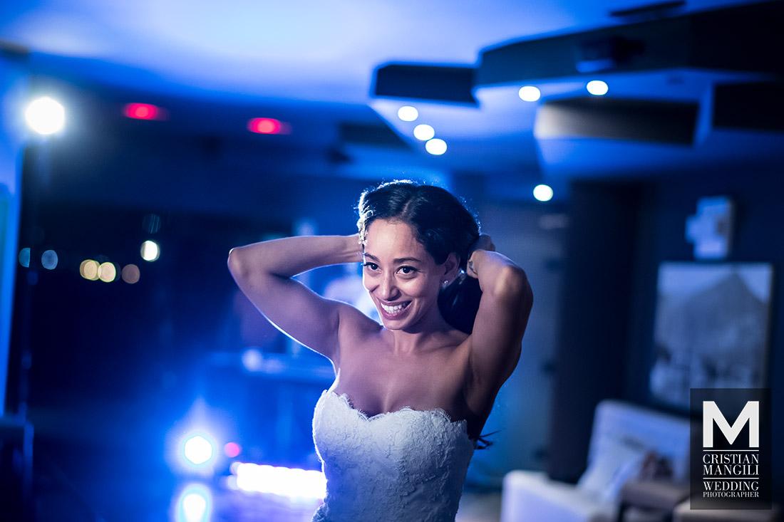 wedding-photography-como-lake-beautiful-bride-dancing