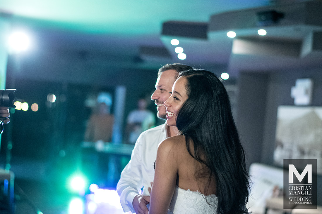 wedding-photography-como-lake-beautiful-bride-and-groom-dancing