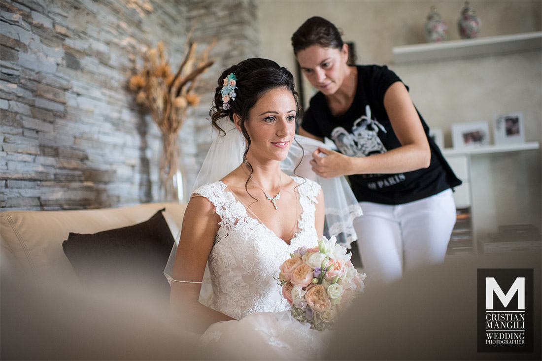 bride-dreaming-italian-wedding-photography
