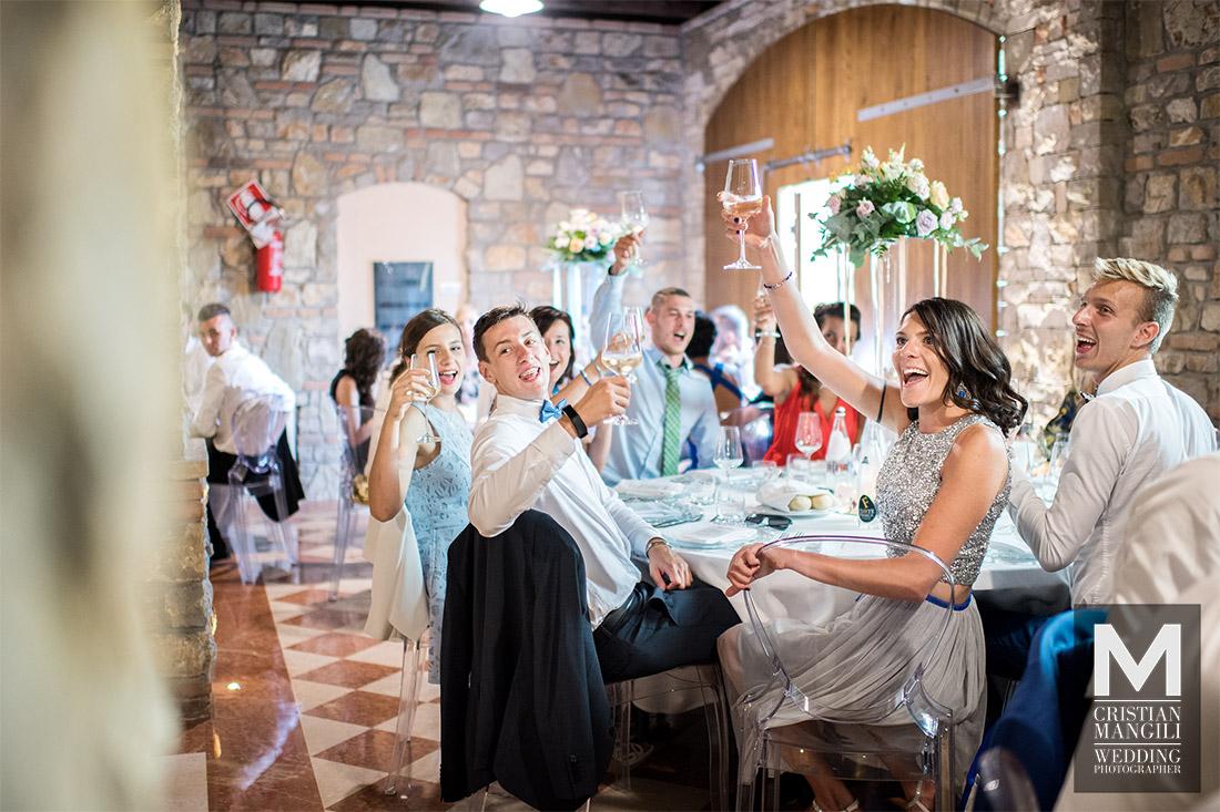 italian-wedding-reportage-wine-le-cantorie-restaurant-franciacorta